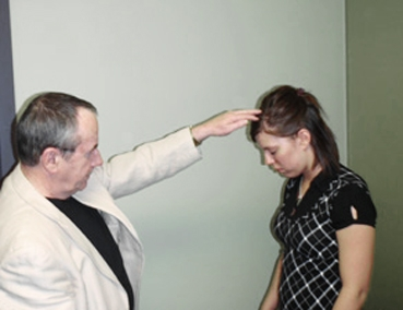 http://www.laurie-dallava.com/files/gimgs/11_hypnoseclassique.jpg
