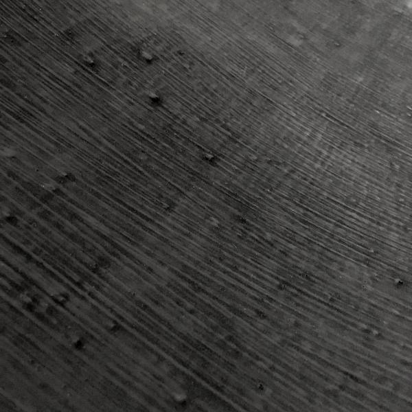 http://www.laurie-dallava.com/files/gimgs/85_detail-les-larmes-de-miel-latex--charbon.jpg